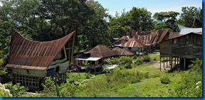 800px-Batak-village_09N9400-01