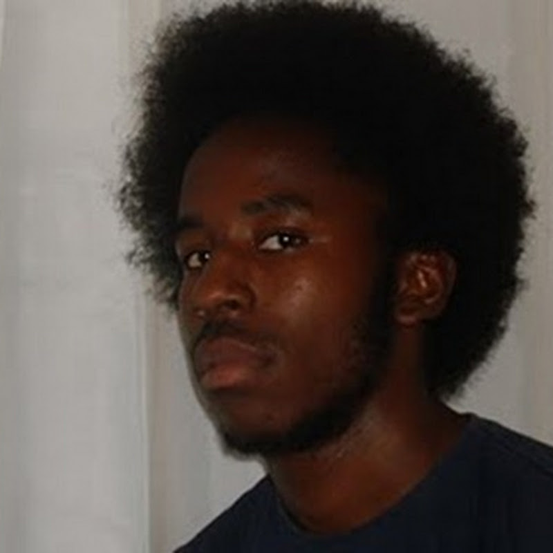 Célio Py – Entrevista/Sou Angolano [Download Track]