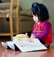 [child_reading[4].jpg]
