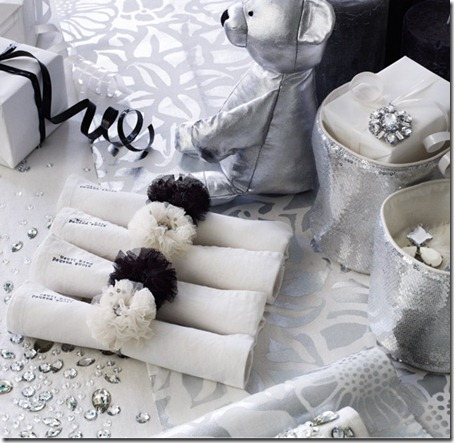 911home_white-christmas-3_bg