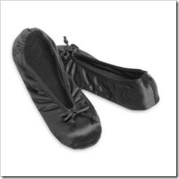 isotoner ballet slippers black