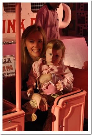 EC mommy pink pig
