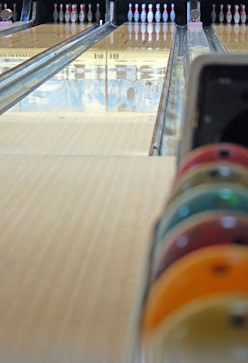 iconistry: Ten-Pin Bowling