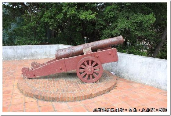 Tainan-South-Door12