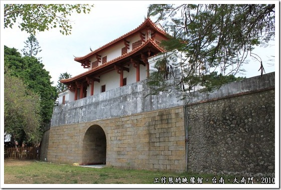 Tainan-South-Door13