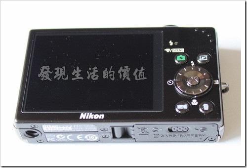 Nikon_S640_black09
