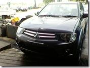 big_MitsubishiL200200901