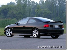 Pontiac-GTO_5.7_2004_800x600_wallpaper_0d