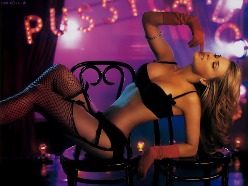 http://lh3.ggpht.com/_dwrCDjIWCrA/SefKRE9n45I/AAAAAAAAA-A/anh_XQEfP-c/Wallpapers-da-Carmen-Electra.jpg