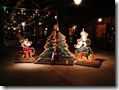 Christmas at Disney_ Mickey & Minnie with the Christmas tree 1024x768  desktop widescreen wallpaper