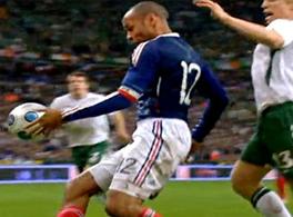 Thierry-Henry-handball2