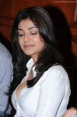 kajal-agarwal-hot30