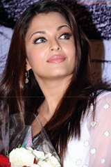 Aishwarya-Rai-hot-in-white-saree-7