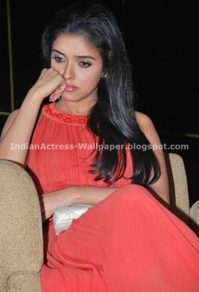 asin-never-seen-pose4