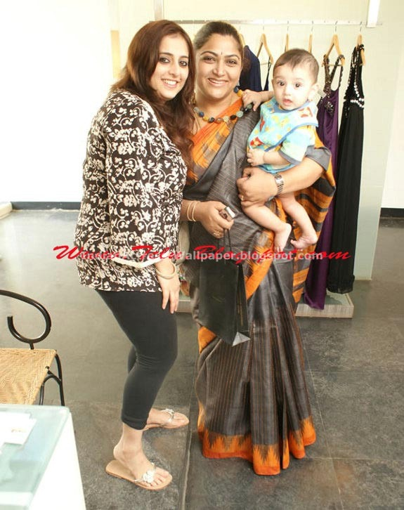 Khushboo-Andrea-at-Studio-Saks-Fashion-House-Launch-13