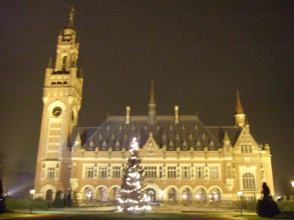 Den Haag, Edifici di notte