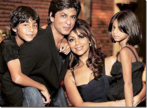 n_shahrukh-khan-and-family