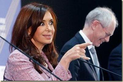 [ Edit]EE.UU. averigua sobre la salud mental de CFK