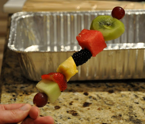 Fruit skewers 004.JPG