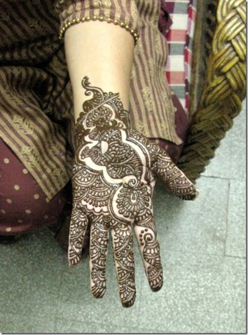 arabic-mehndi-design-8_thumb[1]