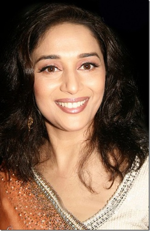 Bollywood-Actress-Madhuri-Dixit (3)