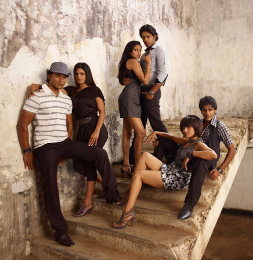 Sinhala Film Super Six by Udaya Palliyaguruge at Sandeshaya