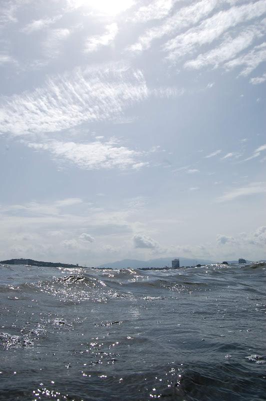 地元の空と海と