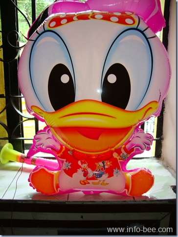Donald Duck Balloon