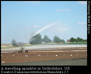 Travelling sprinkler