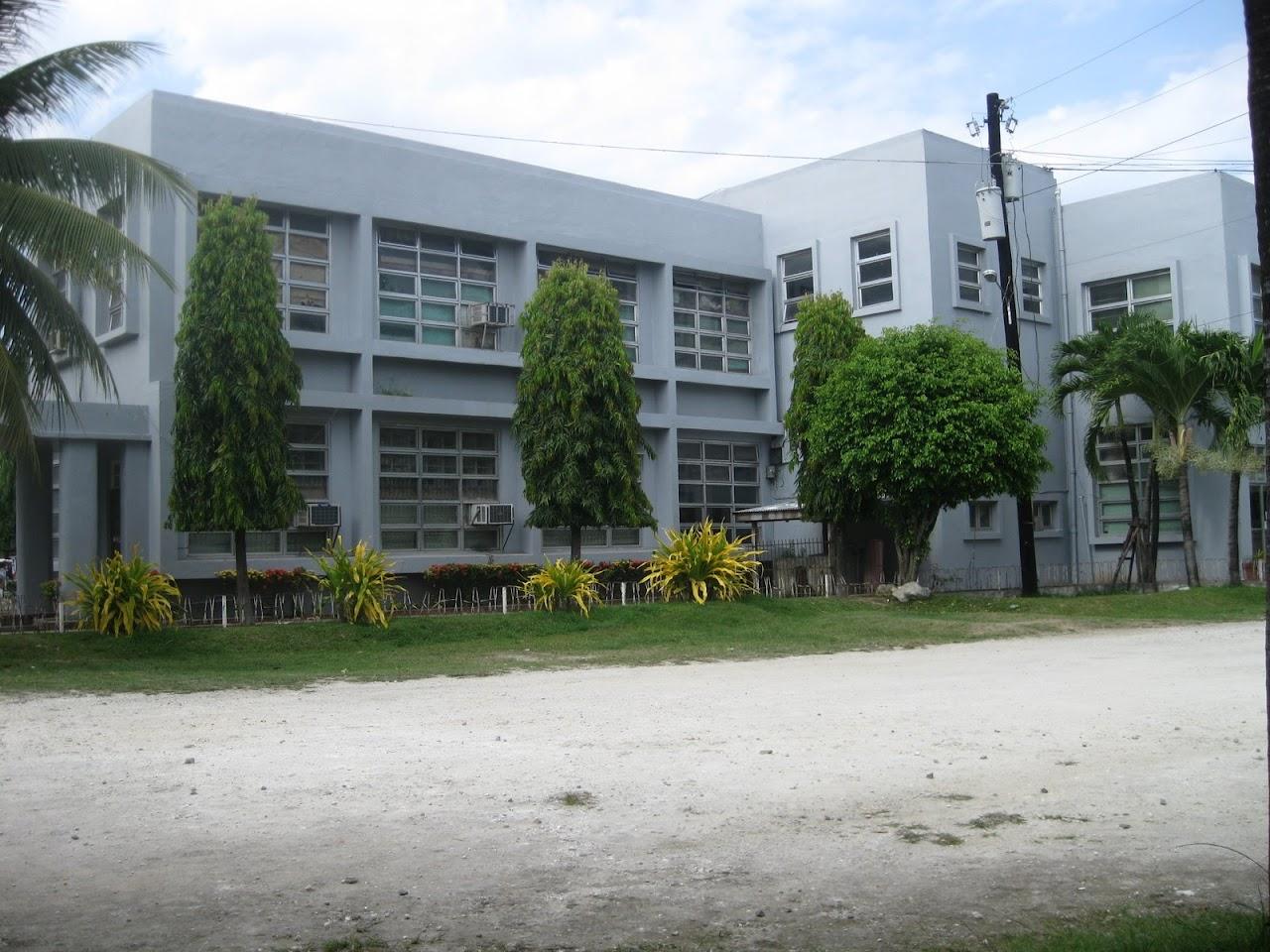 [Danao-City-Hall-and-Plaza-2.JPG]