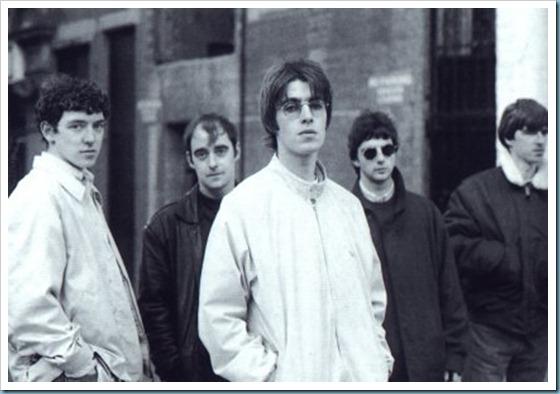 Oasis_original_line_upLiam_Gallaher_Noel_Gallaher_Tony_McCarroll_Paul_Arthurs_McGuigan
