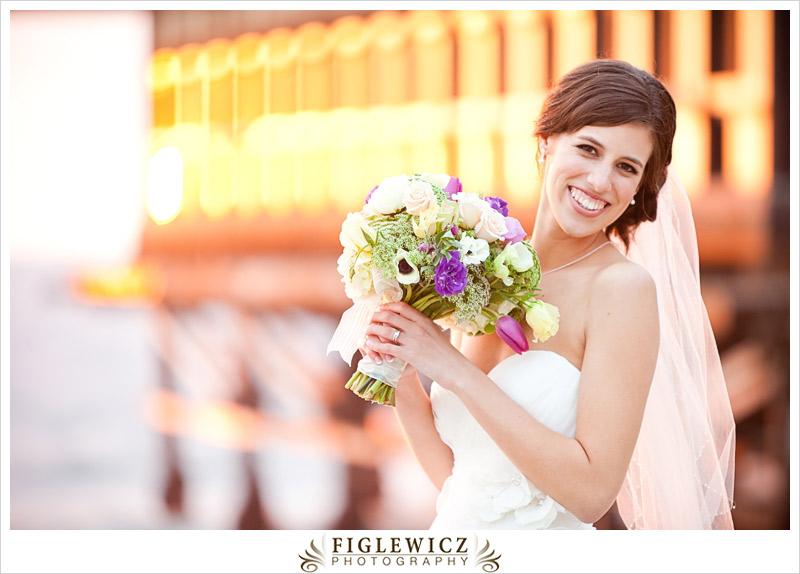 FiglewiczPhotography-AnneandPete-CrownPlaza-0063.jpg