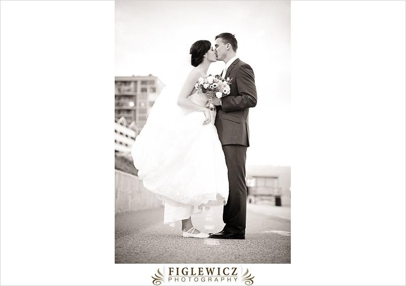 FiglewiczPhotography-AnneandPete-CrownPlaza-0072.jpg
