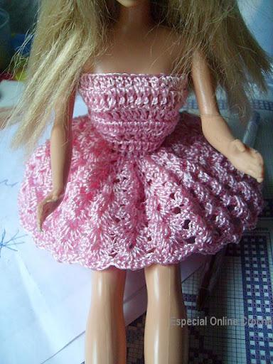 vestido de croche de boneca