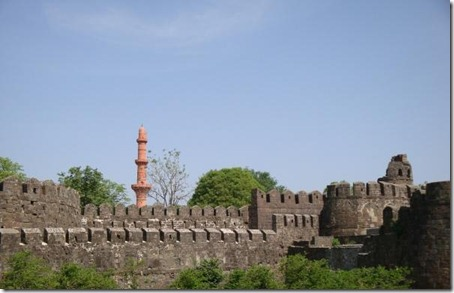 11.Daulatabad Fort - Historical Place in India