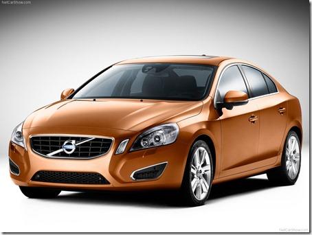 2011-Volvo-S60-Sedan-1