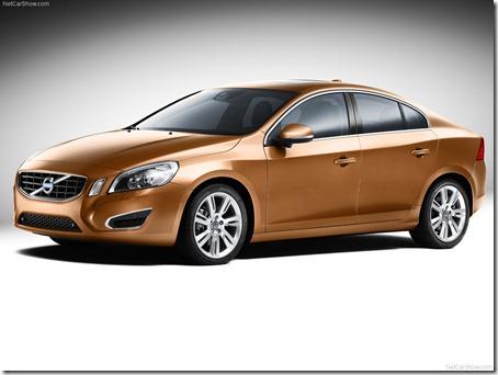 2011-Volvo-S60-Sedan-2