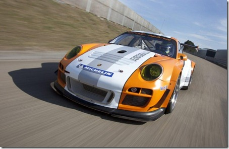 2011-Porsche-911-GT3-R-Hybrid-Front