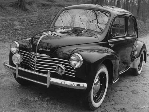Renault – 4CV (1947 – 1961 г.в.)