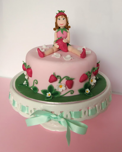 Corsi Cake Design Viareggio : Muccasbronza: Corsi cake design : La fata delle fragole
