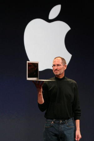 Steve Jobs macbook air.jpg