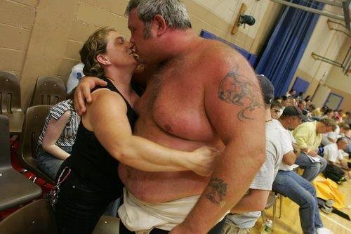 amateur wrestling gay. An amateur wrestler gets a little love in between .