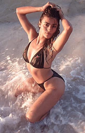 women's_swimsuit