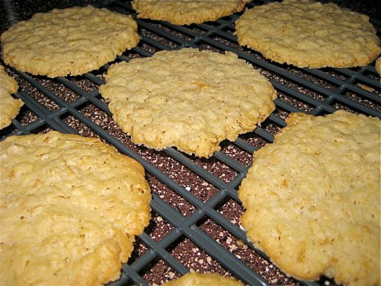 salty-oatmeal-cookies02.jpg