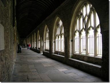 walk round chichester cathedral 014