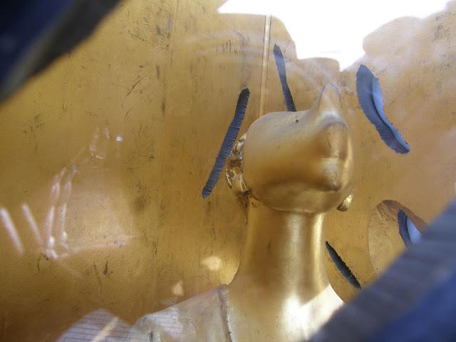 Budapest,  Nehru park, Roma Holokauszt emlékmű, szobor,  Budapest,  blog, rongálás