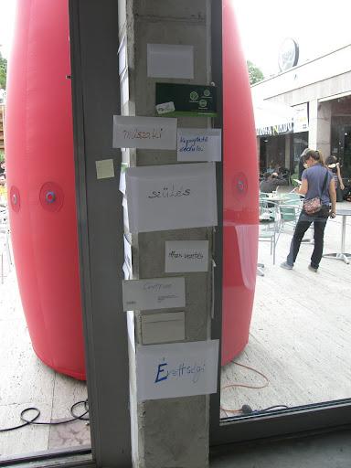 Budapest, blog, Kétfarkú Kutya Párt, Gödör, Erzsébet tér