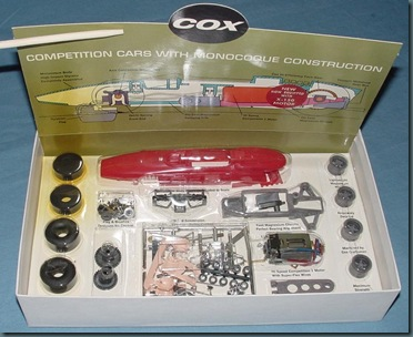 COX_124_FERRARI_SLOT_CAR_KIT_CONTENTS