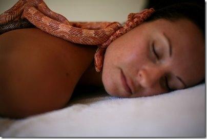 snake-massage02