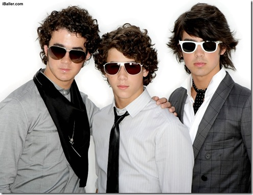 the-j-bros-the-jonas-brothers-758475_1024_768